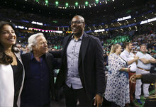Robert Kraft, Paul Pierce