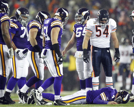 Favre Concussions Football