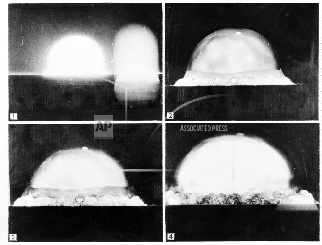 Watchf AP A  NM USA APHS463578 First Atomic Bomb Test