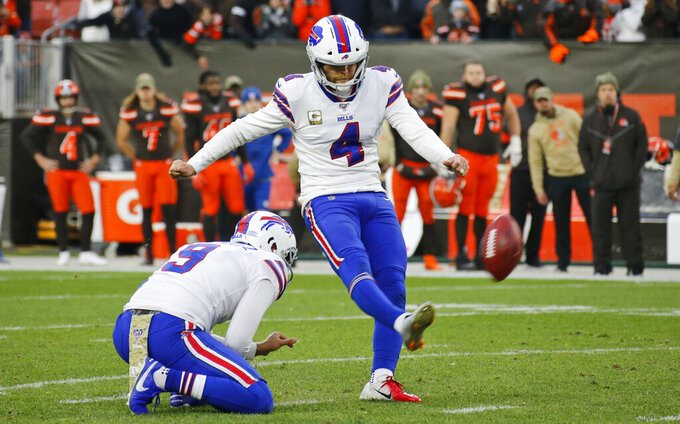 Bills stand up on defense, offense falters in loss to Browns