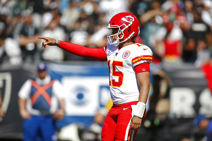 Chiefs' Patrick Mahomes continues to cover shortcomings