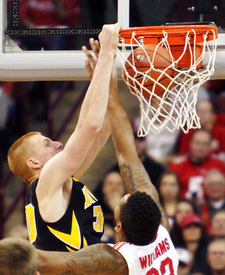 Aaron White, Amir Williams