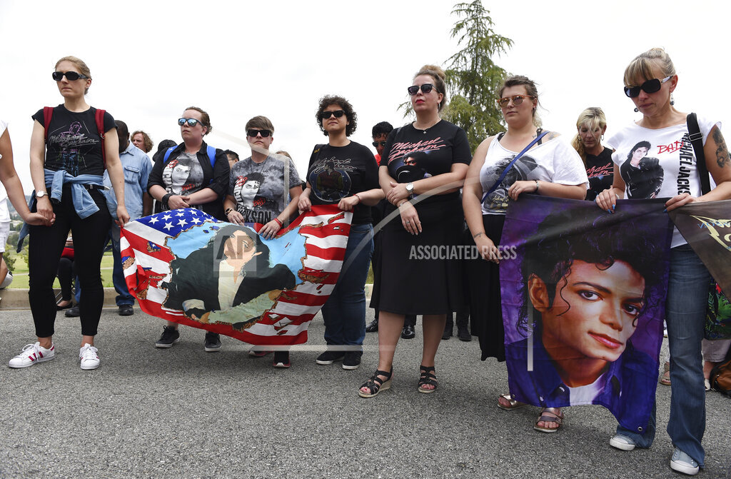 10th Anniversary of Michael Jackson's Death - Forest Lawn Cemetery
