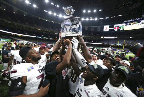 New Orleans Bowl Football