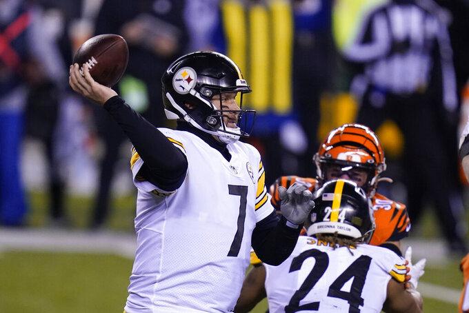 Pittsburgh Steelers quarterback Ben Roethlisberger (7) throws during the second half of an NFL football game against the Cincinnati Bengals, Monday, Dec. 21, 2020, in Cincinnati. (AP Photo/Michael Conroy)