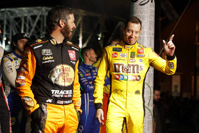 NASCAR goes back to its roots with a huge Nashville blowout