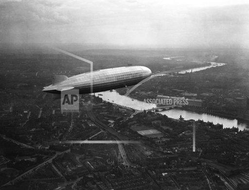 England Graf Zeppelin over London