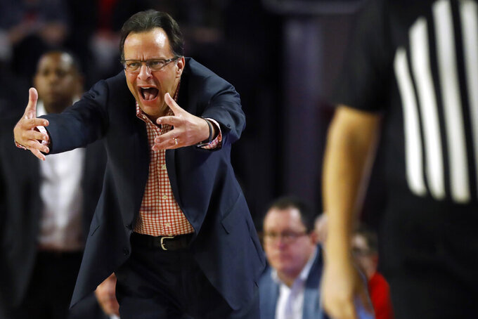 Georgia coach Tom Crean reacts during the team's NCAA college basketball game against Auburn on Wednesday, Feb. 19, 2020, in Athens, Ga. (Joshua L. Jones/Athens Banner-Herald via AP)