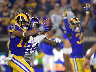 Vikings Rams Football