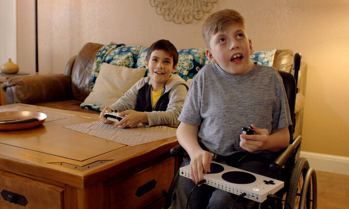 Super Bowl ads heavy on humor, surprises and ... robots