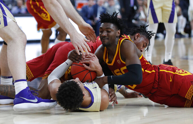 Washington holds off USC 78-75 in Pac-12 quarterfinals
