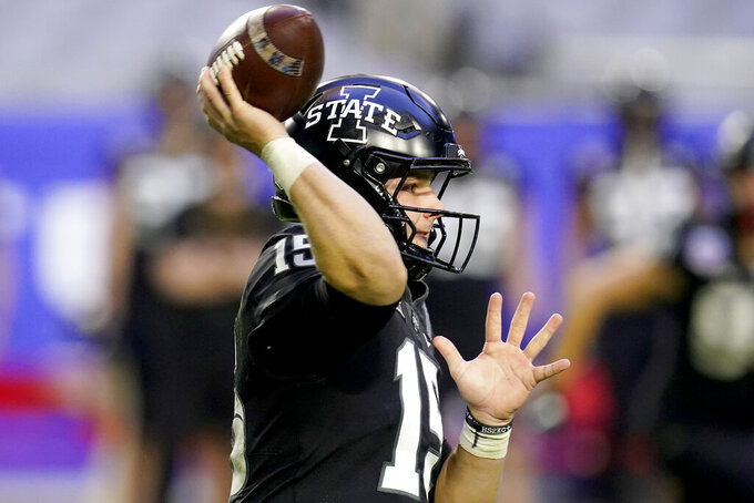 Iowa State quarterback Brock Purdy (15) looks to pass against Oregon during the second half of the Fiesta Bowl NCAA college football game, Saturday, Jan. 2, 2021, in Glendale, Ariz. (AP Photo/Ross D. Franklin)