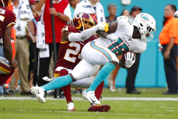 Column: In Miami, a showdown of the NFL's worst
