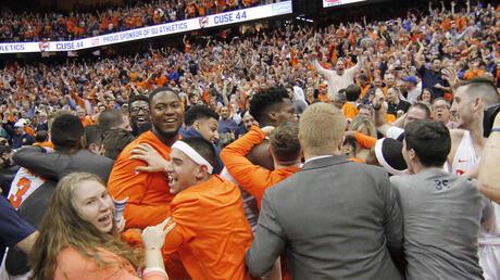 Syracuse players, Syracuse fans