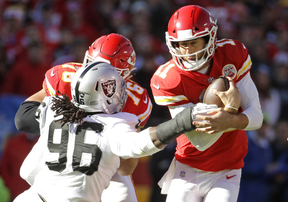 Denico Autry, Alex Smith