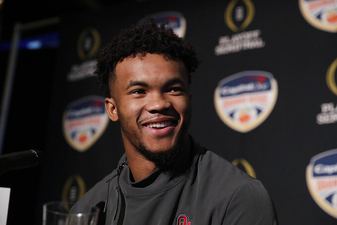 Sooners' Murray still fighting illness, will play Saturday