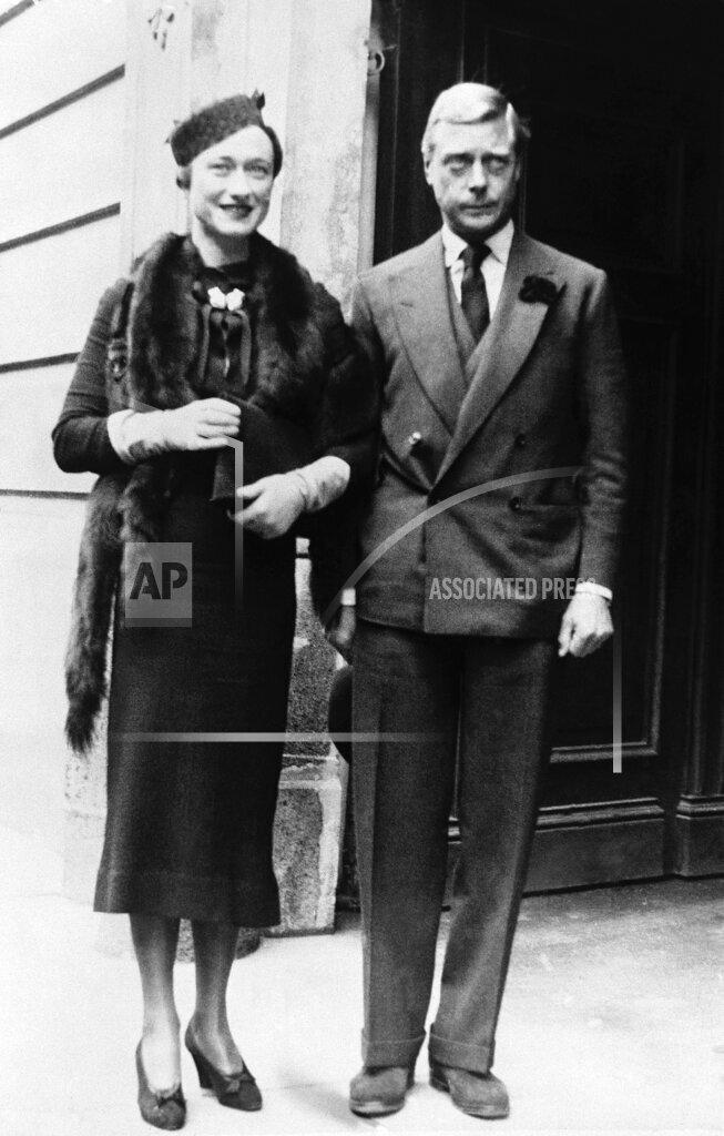Watchf AP I   HUN APHSL26619 Hungary Duke and Duchess of Windsor