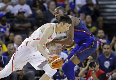 Zhou Qi, Kevin Durant