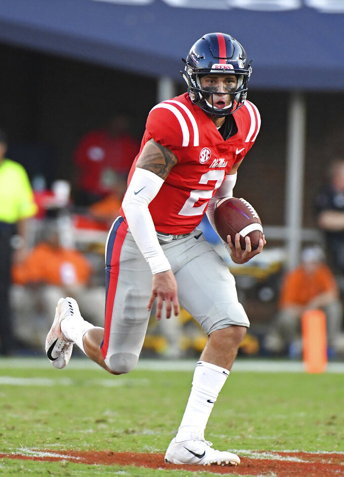 Ta'amu accounts for 5 TDs, Ole Miss routs ULM 70-21