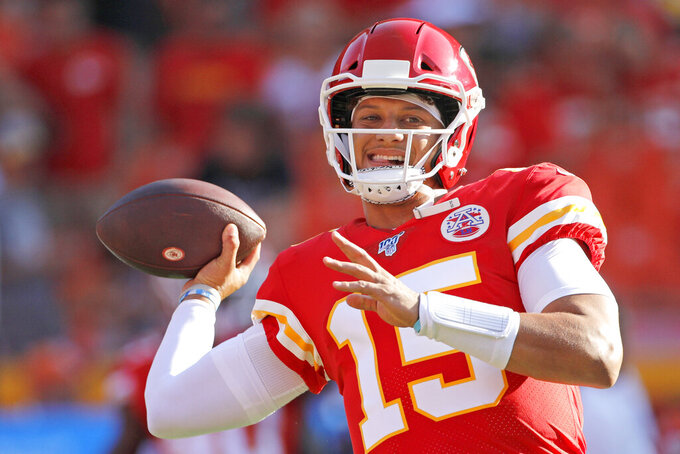 Mahomes leads Chiefs to TD in 38-17 win over Bengals