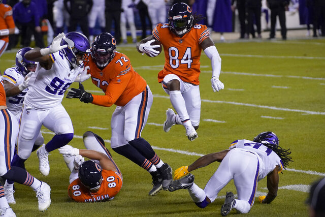 Chicago Bears wide receiver Cordarrelle Patterson (84) runs with the ball during the first half of an NFL football game against the Minnesota Vikings Monday, Nov. 16, 2020, in Chicago. (AP Photo/Nam Y. Huh)