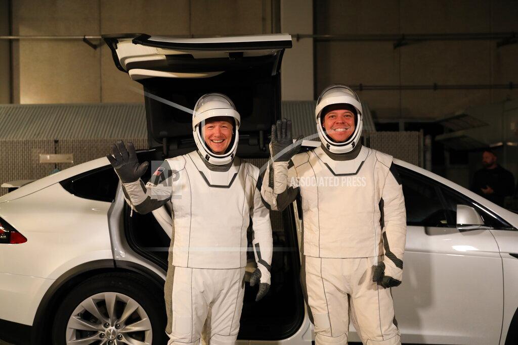 SpaceX-Crew Capsule