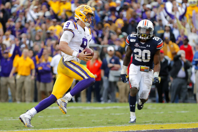 AP Top 25 Podcast: Looking ahead to 1st playoff rankings