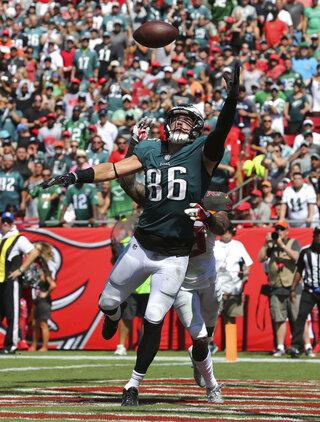 Zach Ertz, Ryan Smith