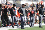 Oregon State head coach Jonathan Smith, center, reacts during the second half of an NCAA college football game with California in Corvallis, Ore., Saturday, Oct. 20, 2018. (AP Photo/Amanda Loman)