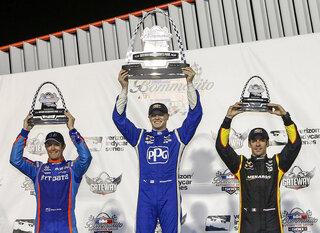 IndyCar Championship Battle Auto Racing