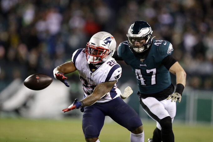 Eagles undermanned and underwhelming on offense