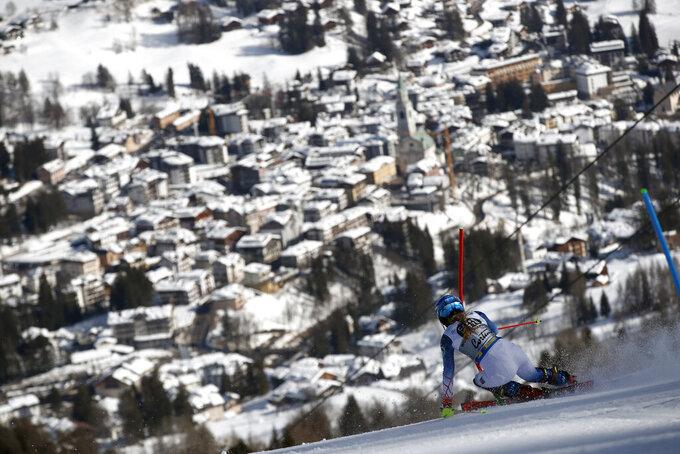 United States' Mikaela Shiffrin competes during the women's slalom, at the alpine ski World Championships in Cortina d'Ampezzo, Italy, Saturday, Feb. 20, 2021. (AP Photo/Gabriele Facciotti)