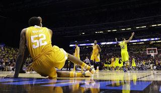 APTOPIX NCAA Tennessee Michigan Basketball