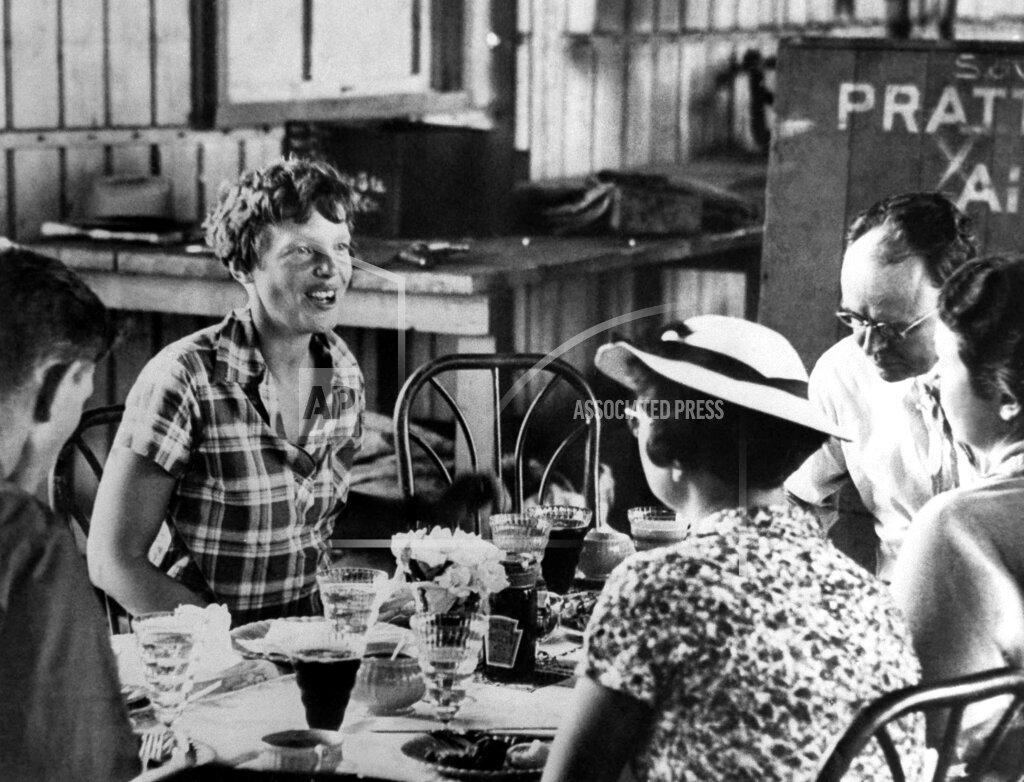 Watchf AP A  CA USA APHS391160 Amelia Earhart