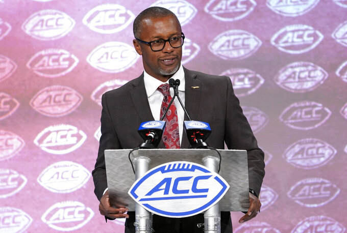 Florida State's Taggart tunes out talk in Year 2 of rebuild