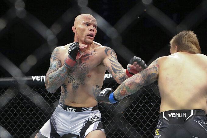 Usman tops Masvidal, UFC 261 returns sports world to normal