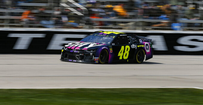 Jimmie Johnson races down the front stretch during a NASCAR Cup auto race at Texas Motor Speedway, Sunday, March 31, 2019, in Fort Worth, Texas. (AP Photo/Brandon Wade)