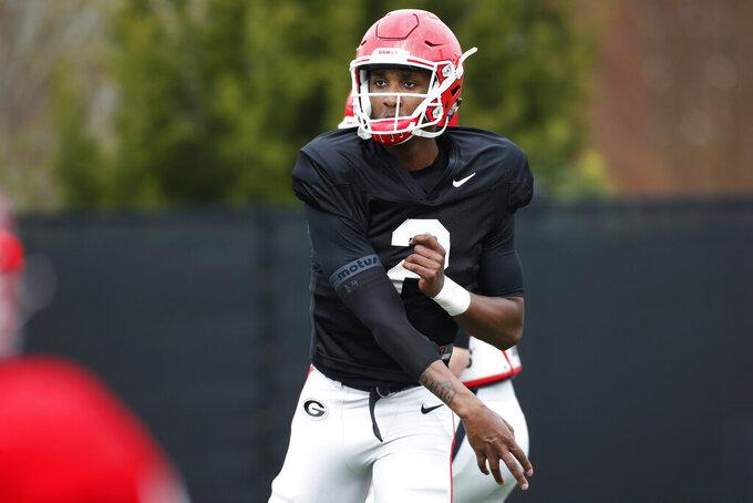 Georgia quarterback Dwan Mathis (2) at an NCAA football spring practice in Athens, Ga., Tuesday, March 26, 2019. (Joshua L. Jones/Athens Banner-Herald via AP)