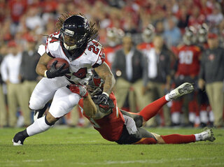 Devonta Freeman, Chris Conte