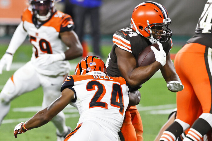 Cleveland Browns running back Nick Chubb rushes for a 1-yard touchdown during the second half of the team's NFL football game against the Cincinnati Bengals, Thursday, Sept. 17, 2020, in Cleveland. (AP Photo/Ron Schwane)