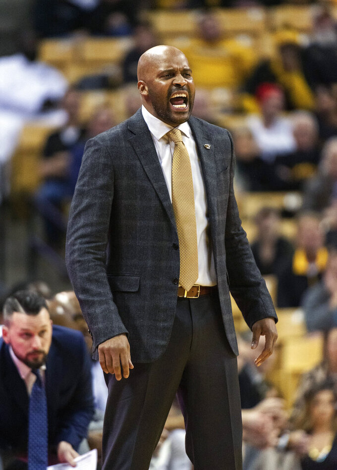 Missouri head coach Cuonzo Martin shouts instructions to his team during the second half of an NCAA college basketball game against Alabama, Wednesday, Jan. 16, 2019, in Columbia, Mo. Alabama won the game 70-60. (AP Photo/L.G. Patterson)