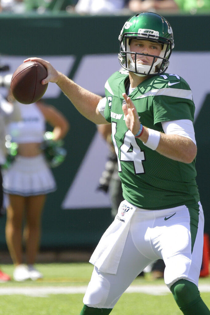 New York Jets quarterback Sam Darnold (14) throws a pass during the first half of an NFL football game against the Buffalo Bills Sunday, Sept. 8, 2019, in East Rutherford, N.J. (AP Photo/Bill Kostroun)