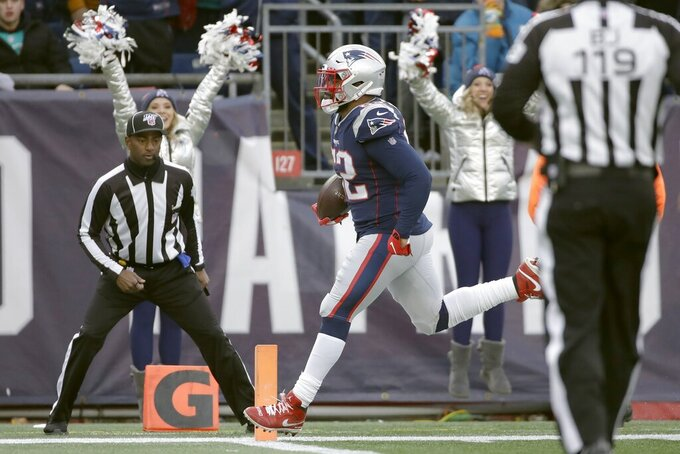 New England Patriots' Elandon Roberts runs for a touchdown after catching a pass in the second half of an NFL football game, Sunday, Dec. 29, 2019, in Foxborough, Mass. (AP Photo/Elise Amendola)