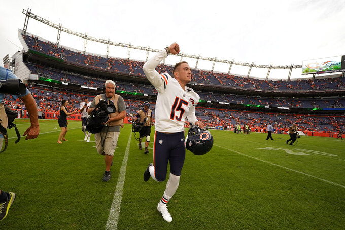 Pineiro's 53-yard FG at end lifts Bears past Broncos 16-14