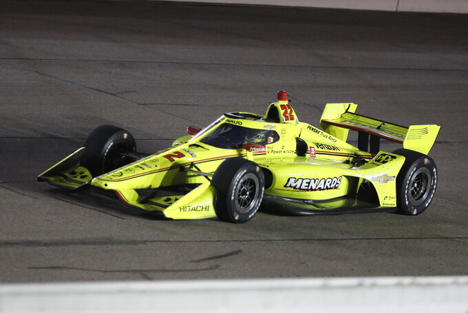 Pagenaud snaps Ganassi streak with IndyCar win at Iowa